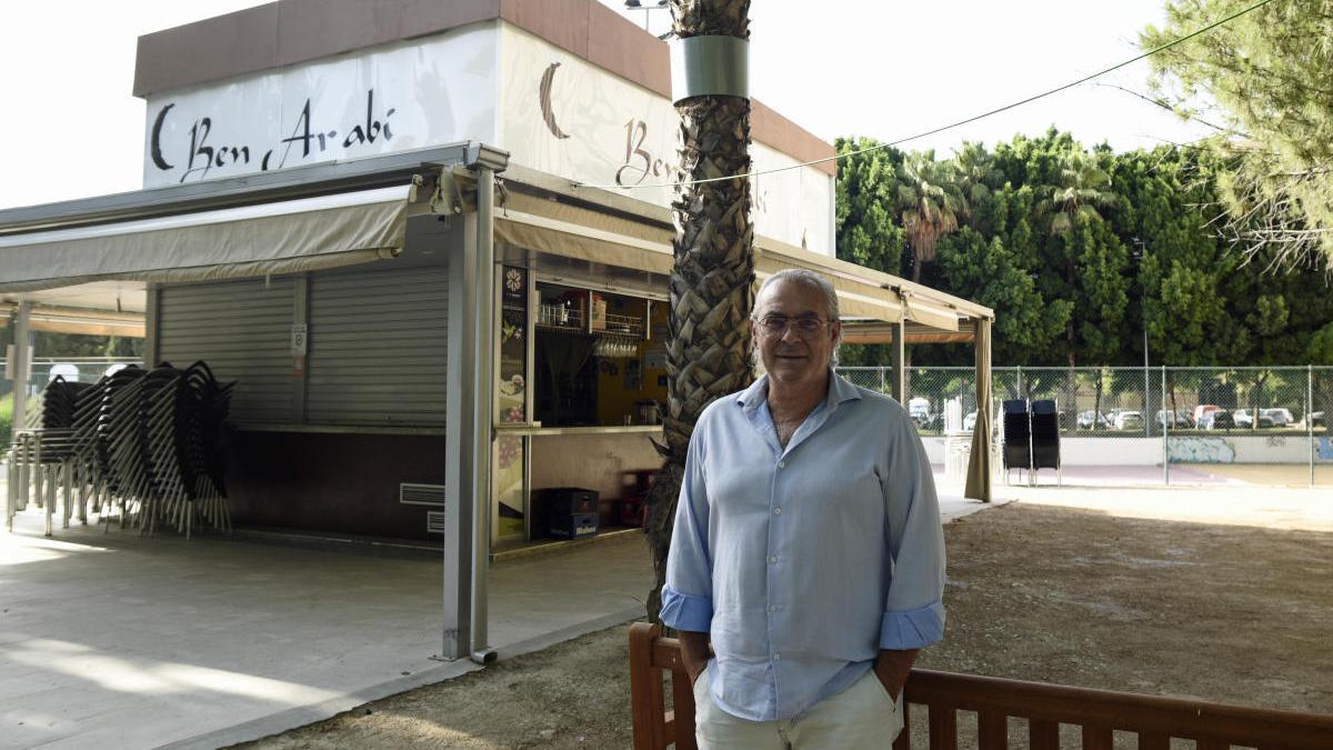 Antonio Salazar, en Kiosko Ben Arabi.
