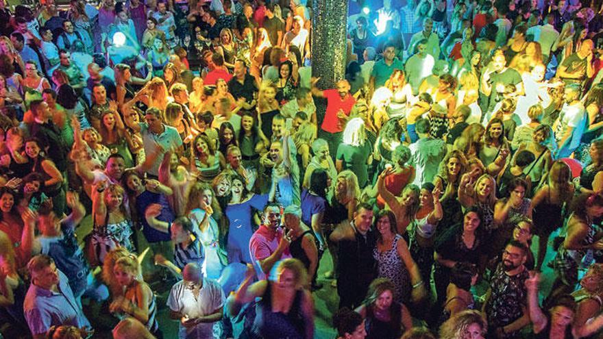 Decapolis: Der Tanztempel, der Hunderte anzieht