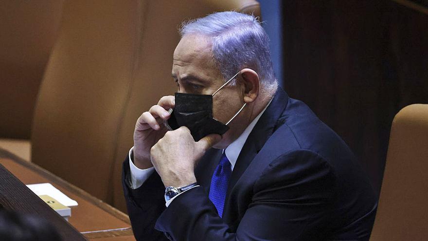Netanyahu es rearma per impedir l'arribada al poder del fràgil govern de coalició
