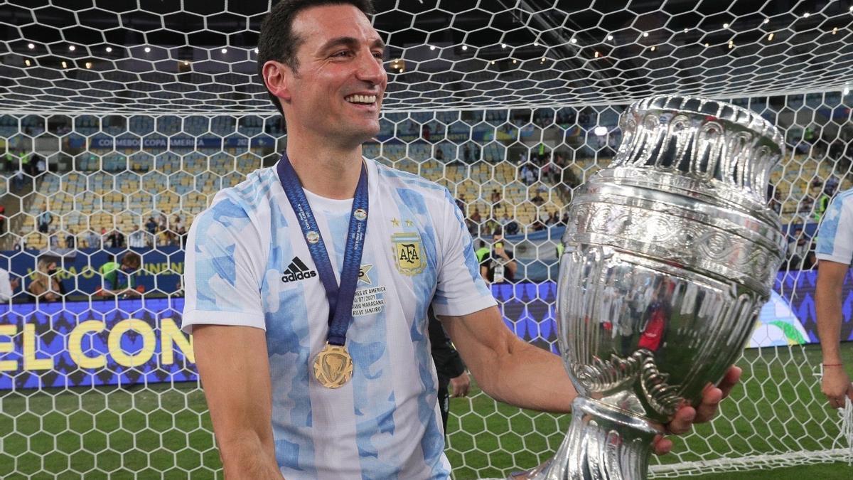 Lionel Scaloni, con la Copa América.