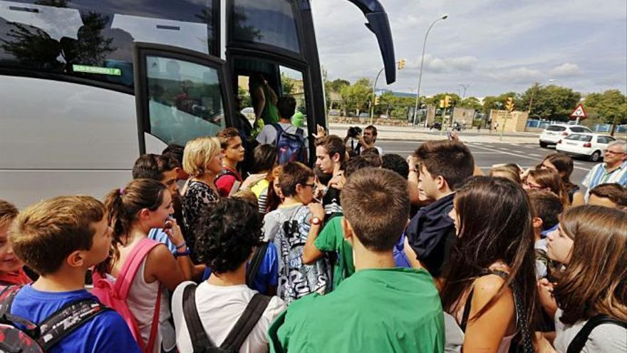 Campaña de control en Baleares de autobuses escolares