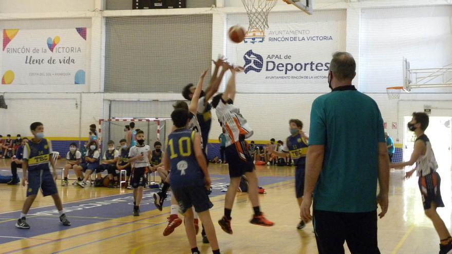 Rincón celebra su gran fiesta del baloncesto con cerca de 300 participantes