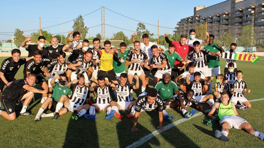 El Castellón B supera al Utiel y jugará la final del 'play-off' de ascenso a la Tercera RFEF (2-0)