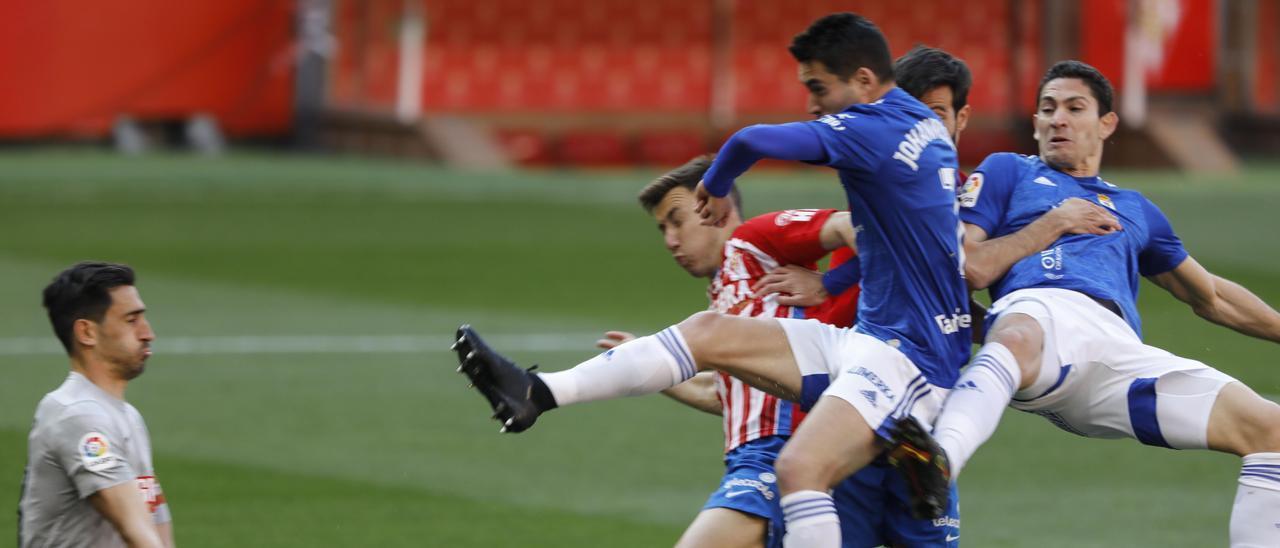 Diegui Johannesson, autor del gol del Real Oviedo en el derbi