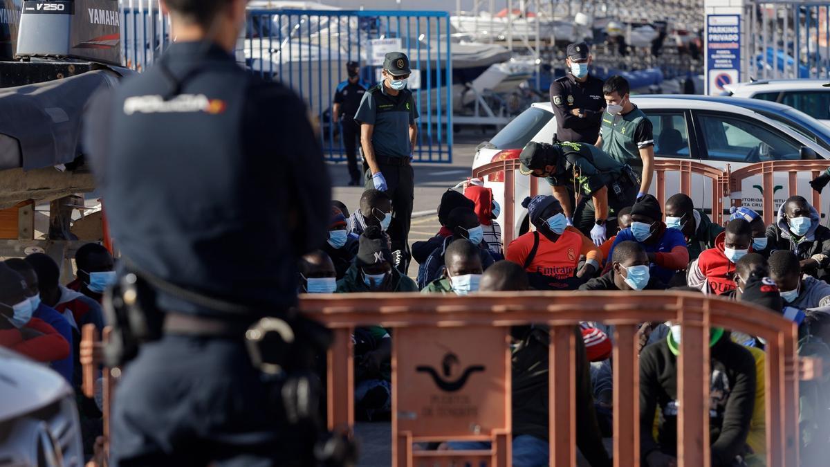 El Defensor suspende su visita a Canarias tras contraer covid un colaborador