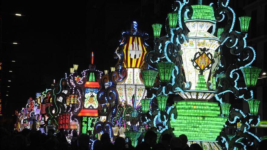 La consellera Barceló abre la puerta para la celebración de las Fallas y Magdalena este año