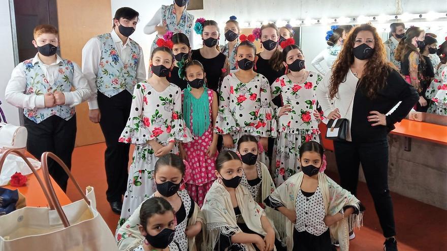 Dos grupos de baile de la academia de Salva Calderón pasan a la final de Vive tu Sueño