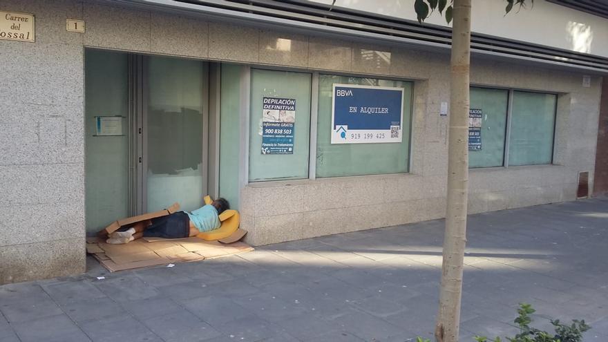 Las personas sin hogar se duplican durante la pandemia en Gandia