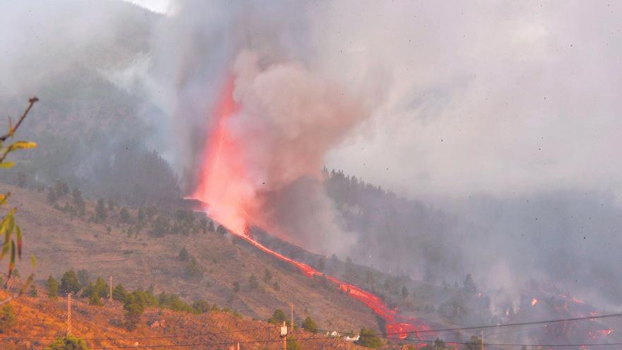 Así se ve el avance de la lava desde el aire