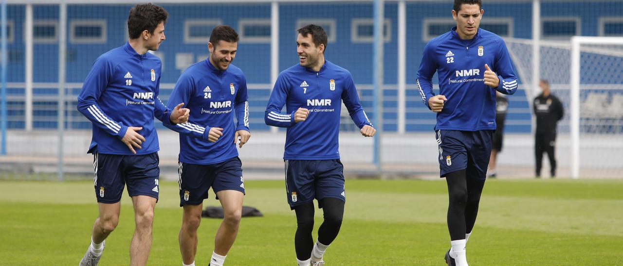 Borja Sánchez, Lucas Ahijado, Diegui Johannesson y Blanco Leschuk, en el entrenamiento de hoy en El Requexón