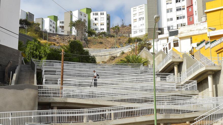 Más de 120 familias de El Lasso ven los accesos a sus casas mejorados