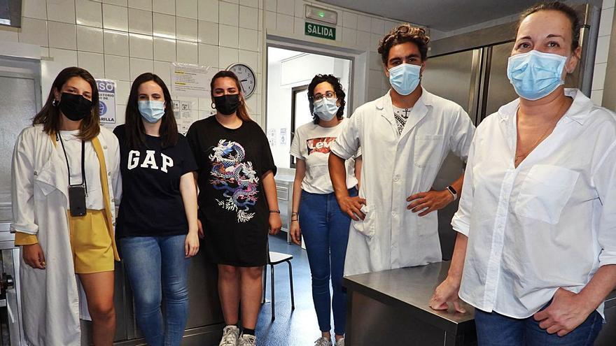 """Cáritas necesita manos solidarias: """"El comedor social no cerrará pero hacen falta voluntarios"""""""