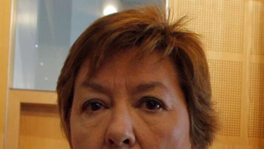 Una exasesora pone en un aprieto a Pilar Barreiro