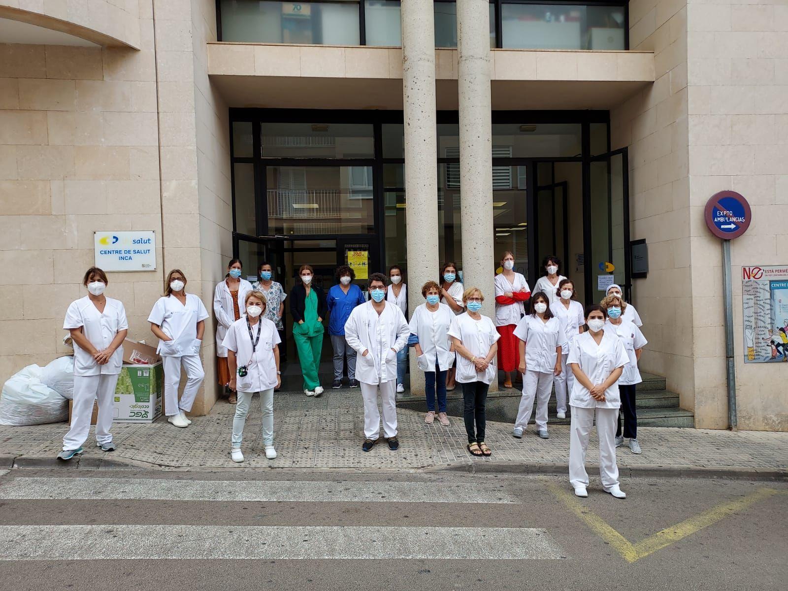 Concentración en repulsa a la agresión a una médica en Palma