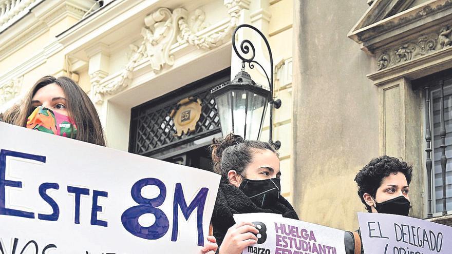 La Comisión 8M lleva al Constitucional la prohibición de concentraciones por el Día de la Mujer