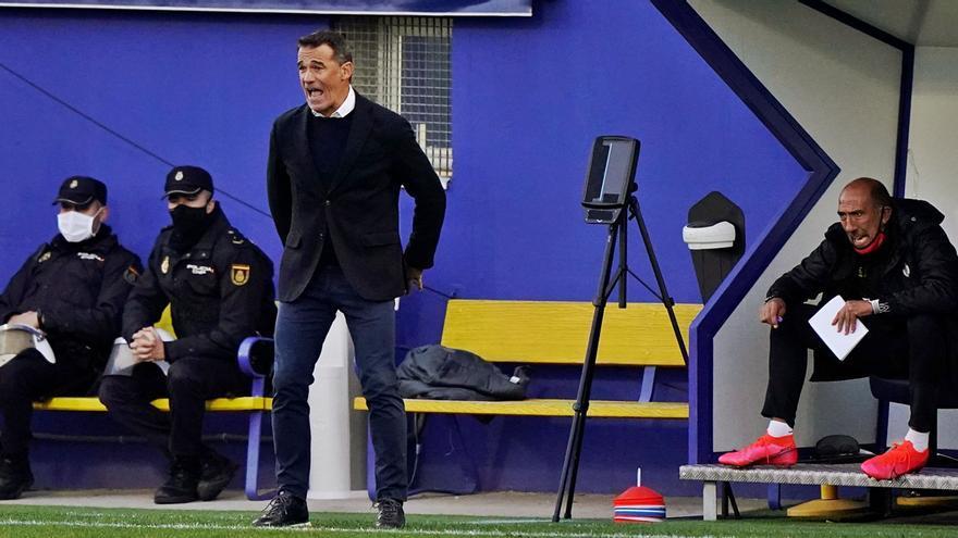 Luis García: «Hemos hecho un gran partido, pero no fue peor el del otro día»