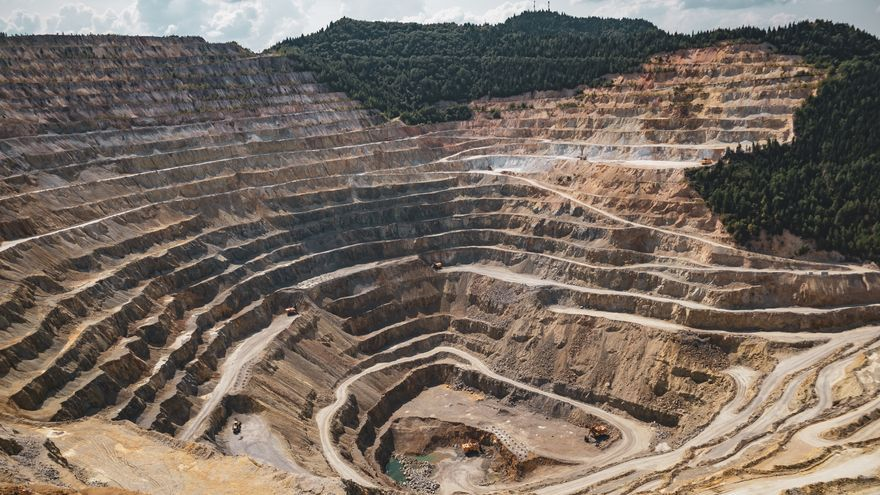 Juan José Fernández, vicedecano presidente del Colegio Oficial de Ingenieros de Minas del Noroeste de España: Hay trabajo para los ingenieros de minas