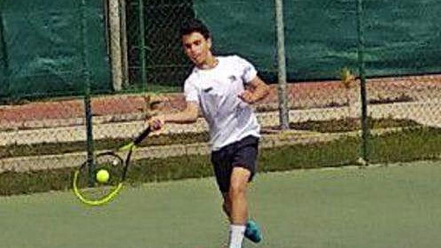 Jesús Pardo y Raúl Vega avanzan a semifinales en el Torneo McDonald's