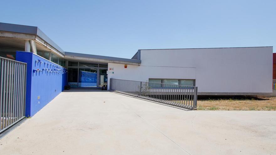 El traspaso de la escuela infantil de Las Abadías se hará durante el verano