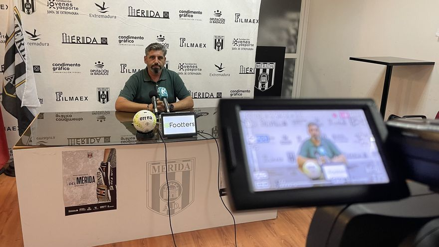 El Mérida mantiene los problemas para cubrir su lateral derecho