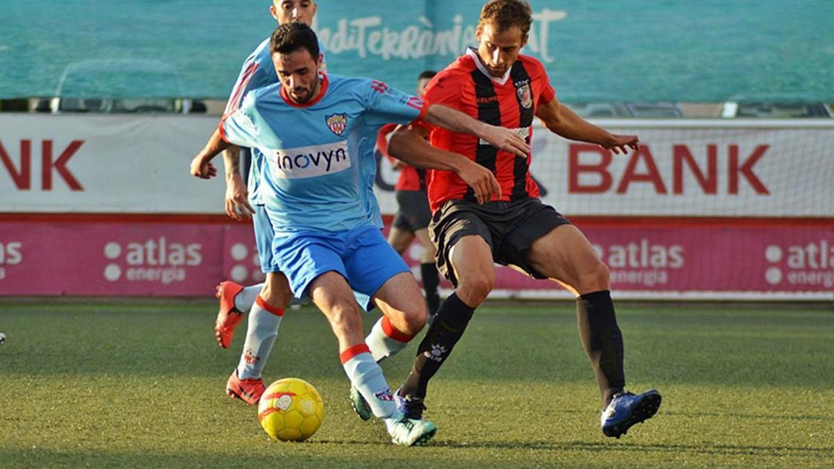 Imatge d'un partit del CF Martorell de Primera Catalana de la temporada passada