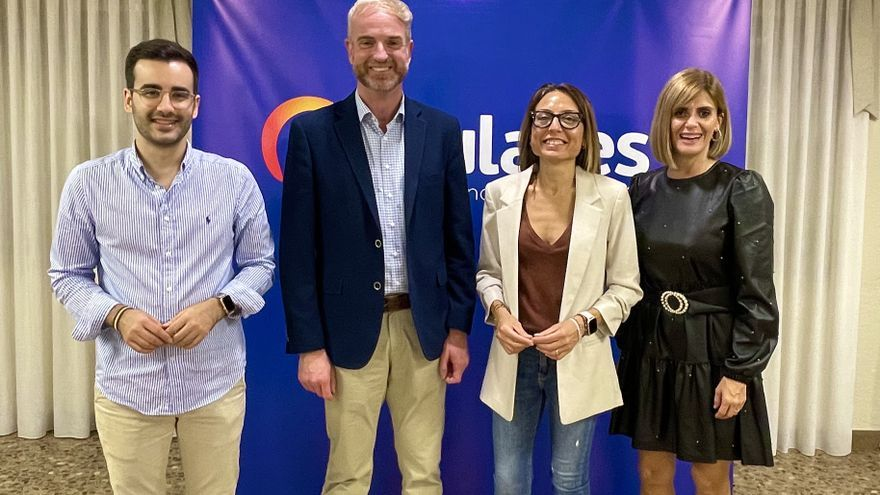 Óscar Clavell revalida su presidencia en el PP de la Vall