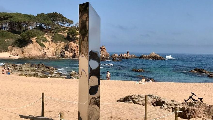 El monolito de la Costa Brava desaparece de un espacio vigilado