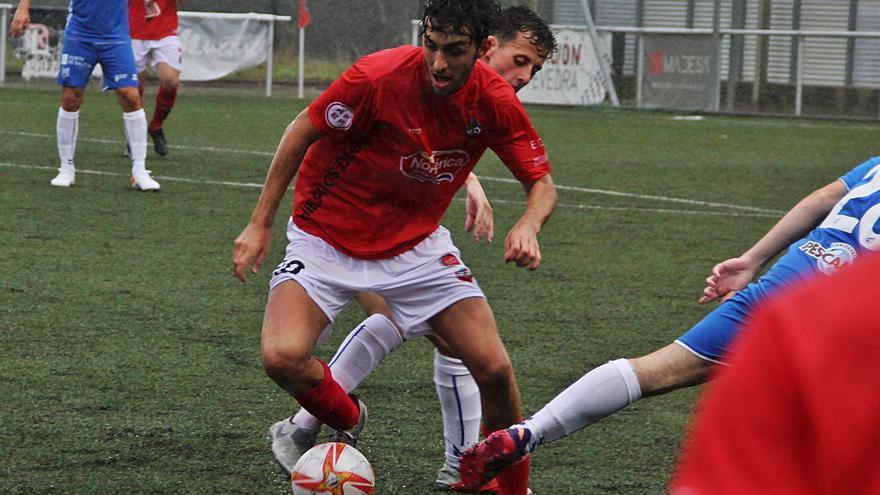 El Pontevedra derrota al Estradense en el primer partido de pretemporada