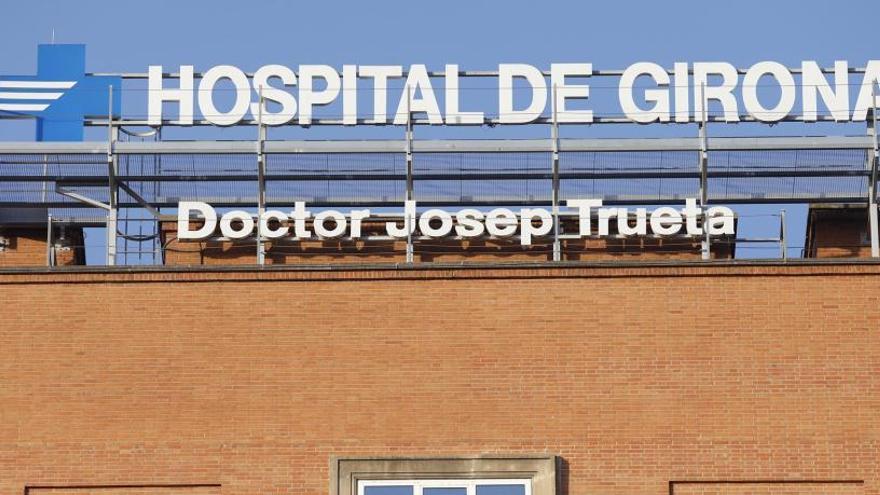 Investiguen un possible cas de maltractament a un nadó a Girona