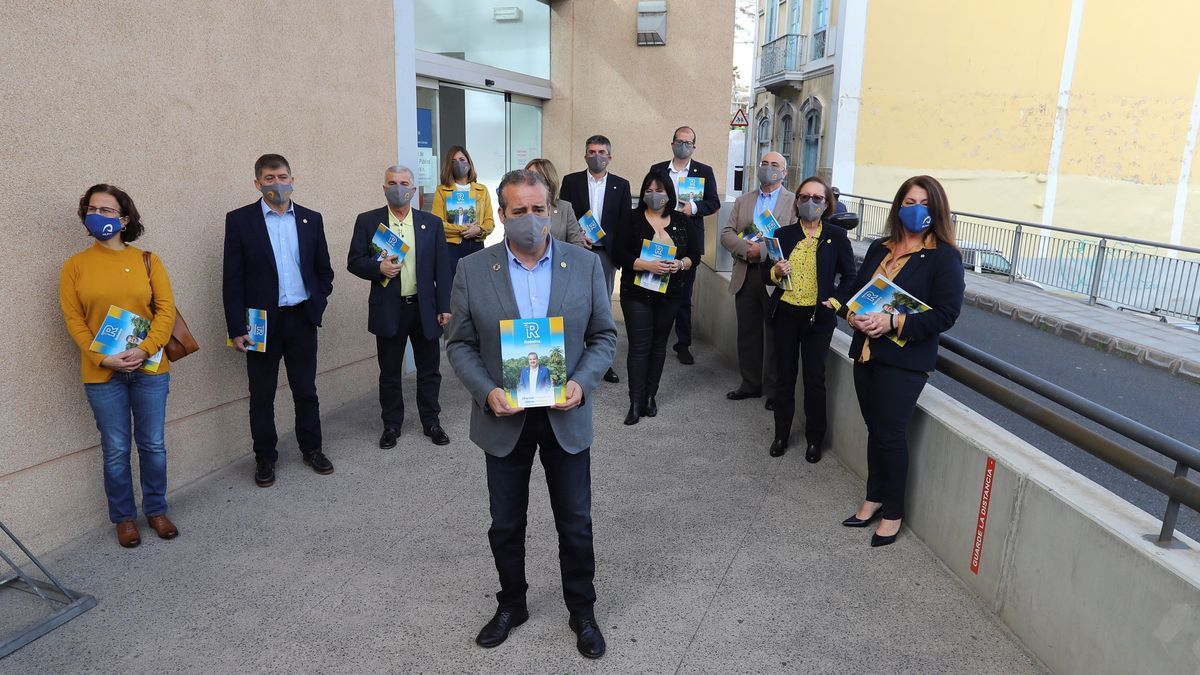 The rector of the ULPGC, Rafael Robaina, presents his candidacy for re-election