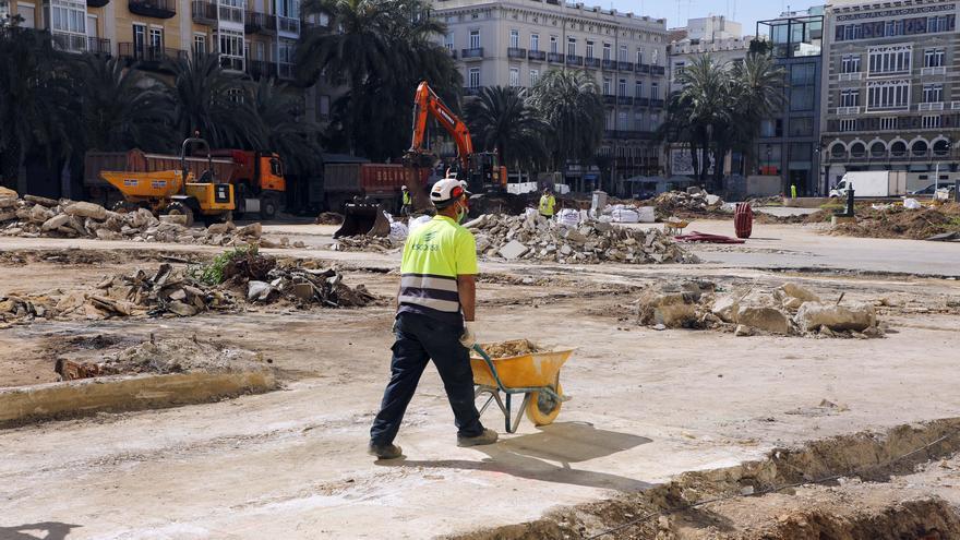 La constructora avisa: la nova plaça de la Reina no estarà acabada l'abril de 2022