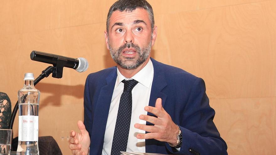 """Santi Vila creu que el diàleg pot desembocar en un """"ajust"""" constitucional"""