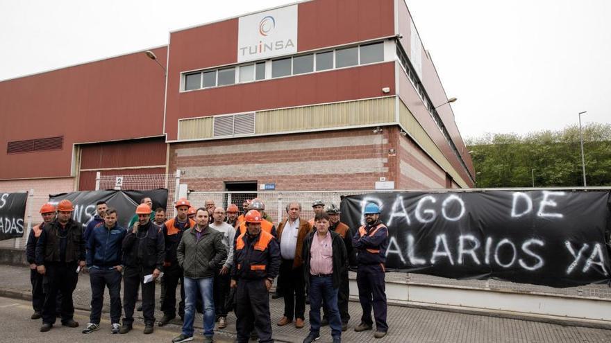 Tuinsa dice a sus trabajadores de Gijón que les pagará con el cobro de facturas pendientes