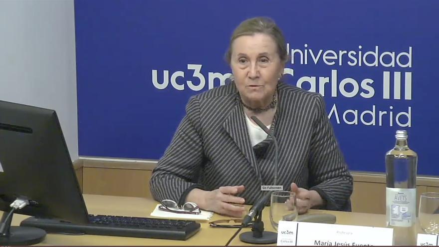 """María Jesús Fuente Pérez: """"Muchos profesores se dedican más a la investigación y menos a la docencia"""""""