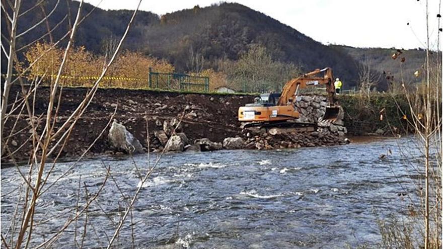 La Confederación Hidrográfica delimita sus competencias con el Consistorio lavianés