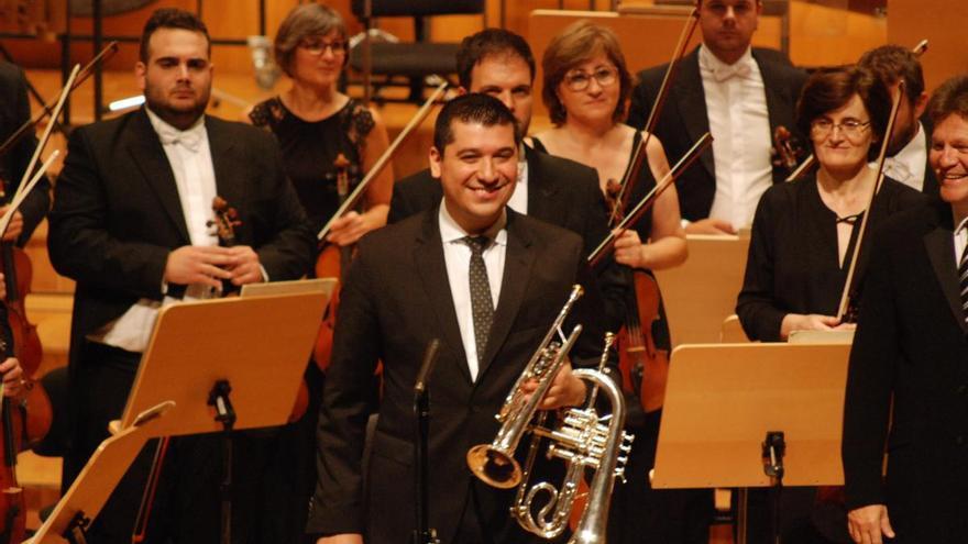 Tarde de orquestas en el Villegas y el Teatro Circo