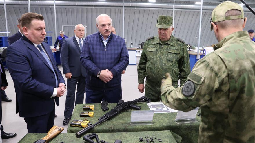"""Polonia, Lituania, Letonia y Estonia acusan a Lukashenko de efectuar un """"ataque híbrido"""" a sus fronteras"""