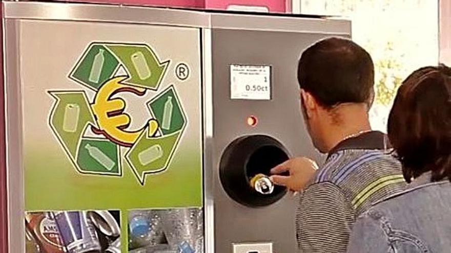 """Una máquina va a permitir a los vecinos """"cobrar por reciclar"""""""