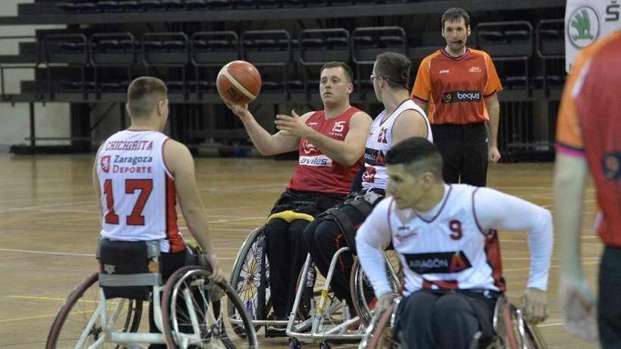 Avilés brinda por un cuarto de siglo de baloncesto en silla de ruedas en Asturias