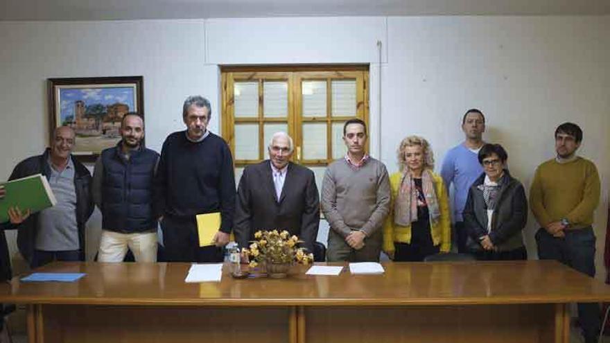 Un grupo de trabajo liderará la oposición al traslado de la prensa de Kronospan