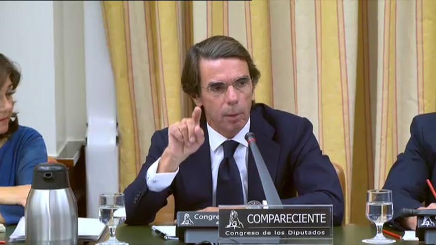 Aznar niega la 'caja b' en un agrio cara a cara con Iglesias