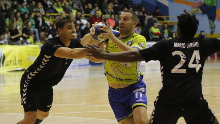 MMT Seguros recobra su confianza para ganar a Bordils (34-24)