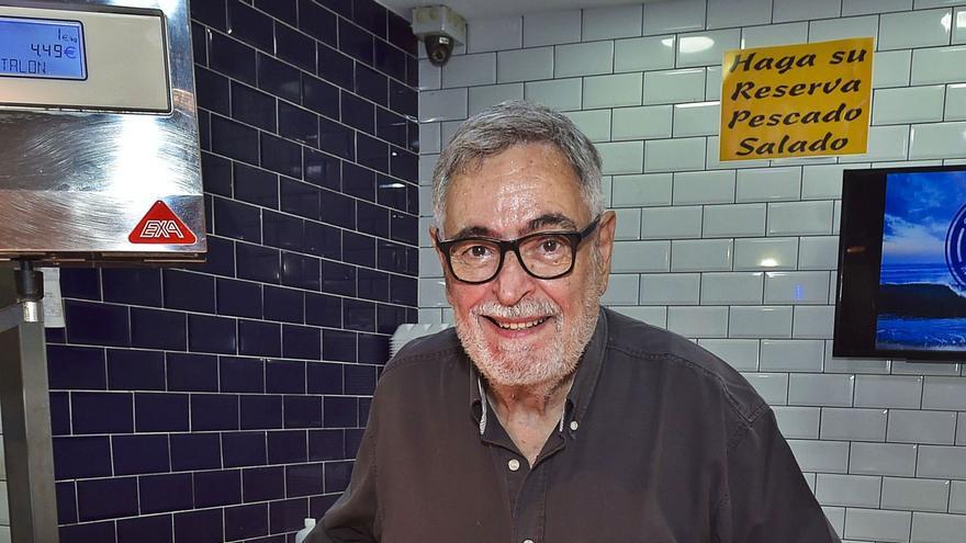 """Mario Hernández Bueno: """"Le debemos a los canarios una historia de la cocina y la alimentación"""""""