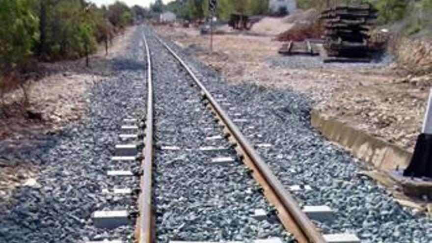 Benidorm alega contra el informe de Fomento del Tren de la Costa y plantea una intermodal
