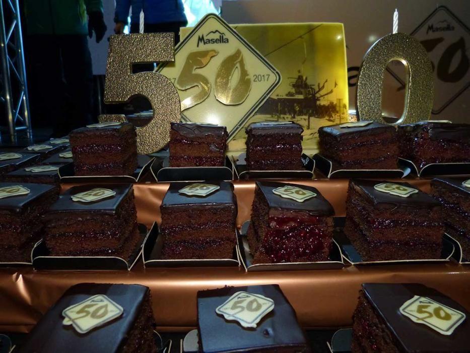 Baixada de torxes pels 50 anys de Masella