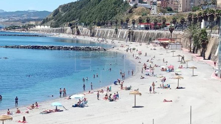 Una médica da positivo en Málaga y obliga a aislar varios pacientes en Ceuta