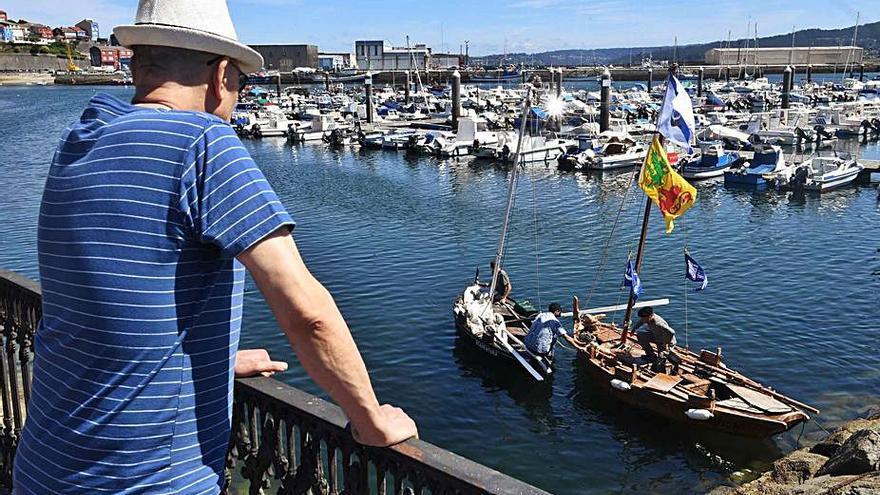 Música, magia, artes escénicas y el mercado marinero, hoy en las Festas do Carme de Sada
