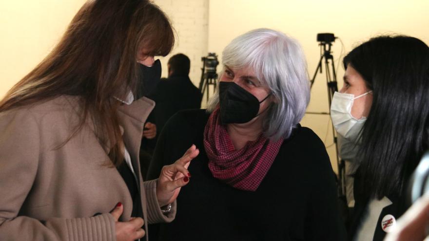 """La CUP convoca ERC i Junts al Parlament per intentar """"desbloquejar"""" la situació"""