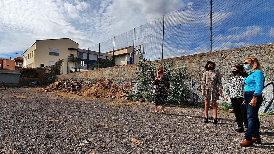 Los padres, contrarios a privatizar el comedor escolar de Punta Larga