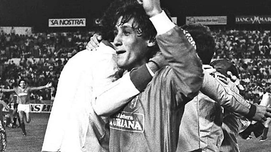 Sonrisas y lágrimas del Oviedo en Mallorca